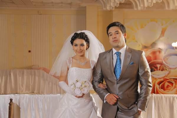 адиз раджабов и его жена