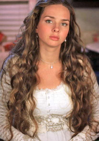 Молодая российская актриса елена николаева голая маловероятно