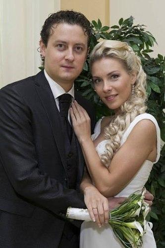 Стас Ярушин, жена