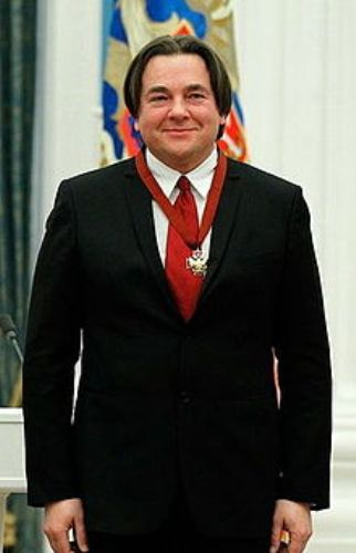 Константин Эрнст, жена