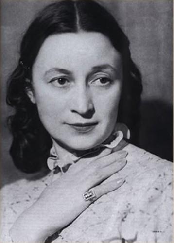 Александр Фадеев, жена