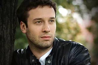 Дмитрий Мазуров, жена