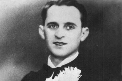 Петр Лещенко, жена