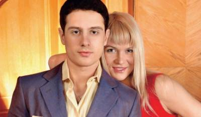 Антон Макарский, жена