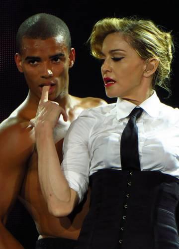 Мадонна, муж