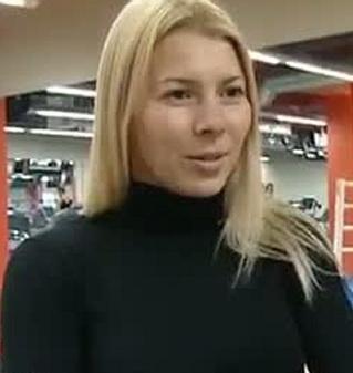 Александра Емельяненко, жена