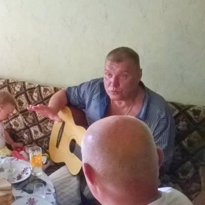 Дмитрий Быковский-Ромашов, жена