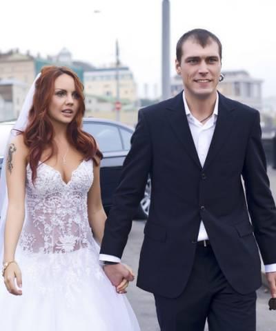 Певица Максим, муж