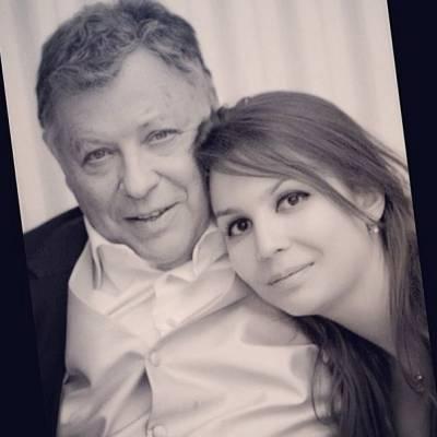 Игорь Волгин, жена