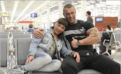 Михаил Сидорычев, жена
