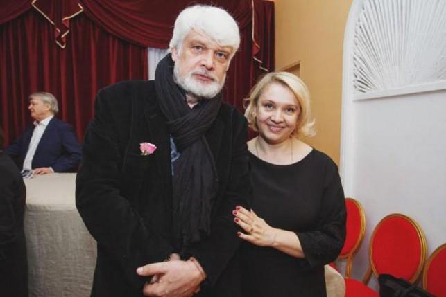 Дмитрий Брусникин, жена