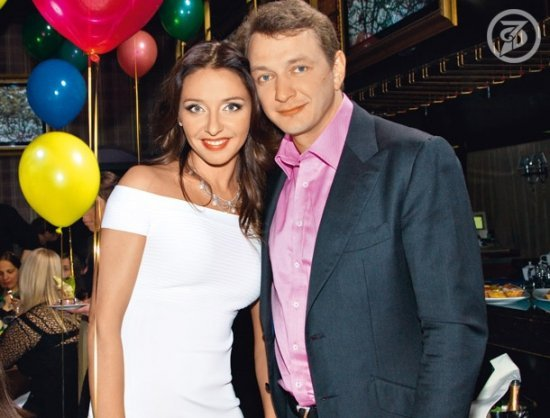 https://www.starslife.ru/images/content_images/tatyana_navka_b21eb6f1.jpg