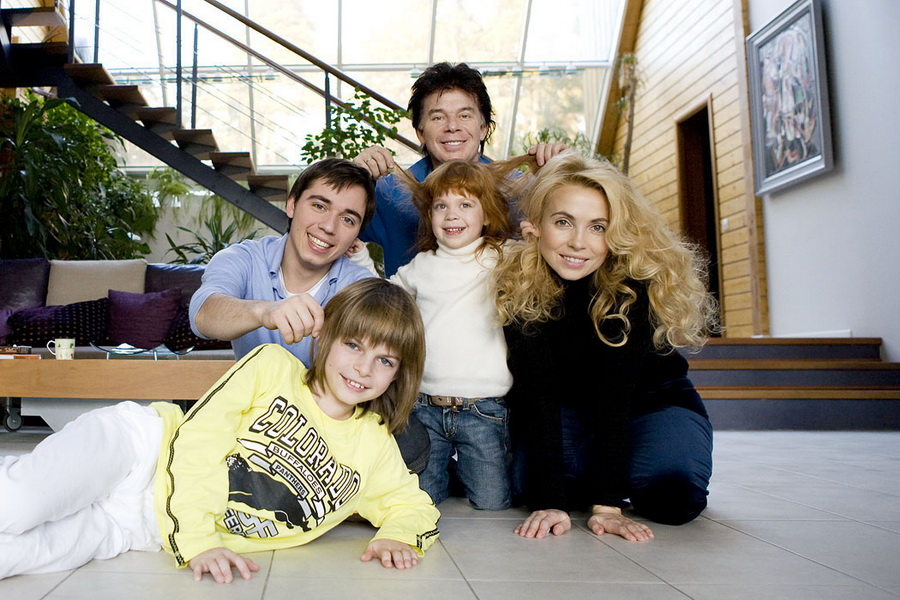 Жена Олега Газманова - фото, биография, личная жизнь, дети