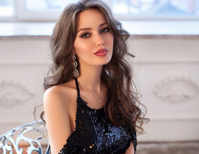 Жена Дмитрия Тарасова - фото, личная жизнь, новости