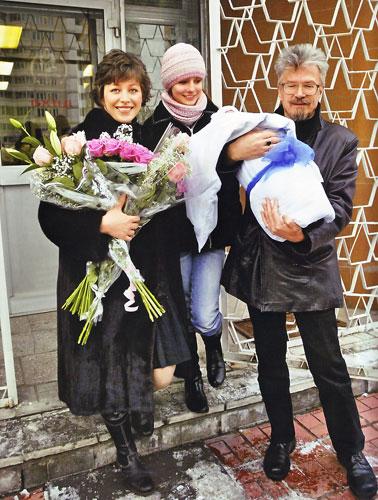 Жены Эдуарда Лимонова - фото, личная жизнь, дети