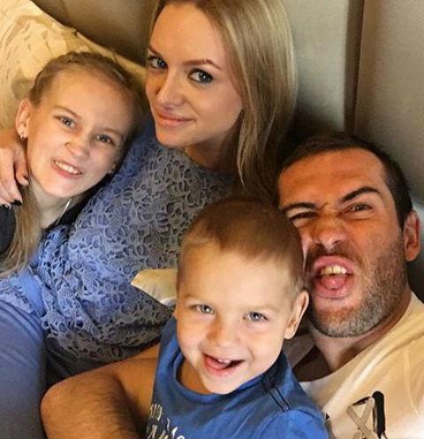 Жены футболиста Александра Кержакова - фото, личная жизнь, развод
