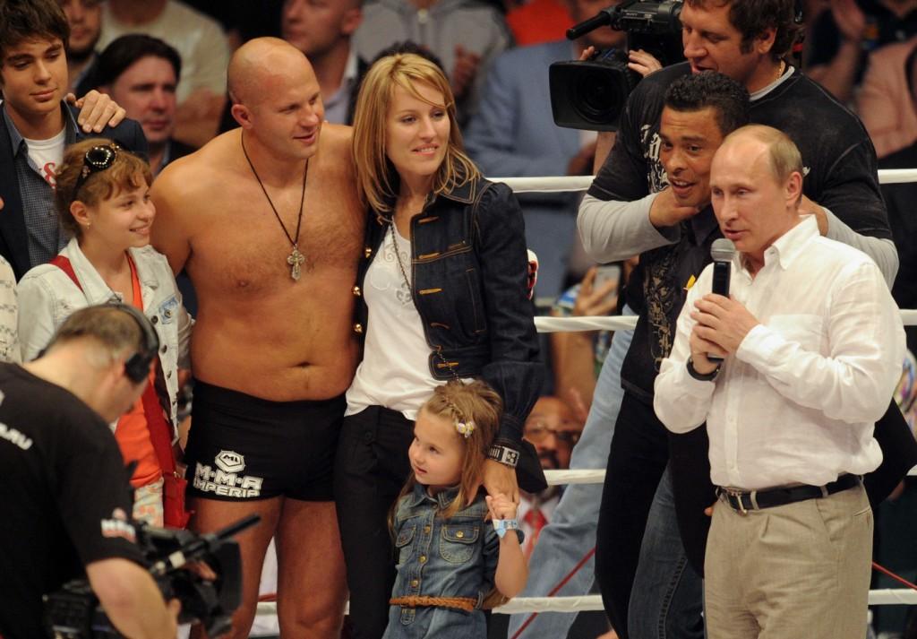 Жена Федора Емельяненко - фото, личная жизнь, семья, дети