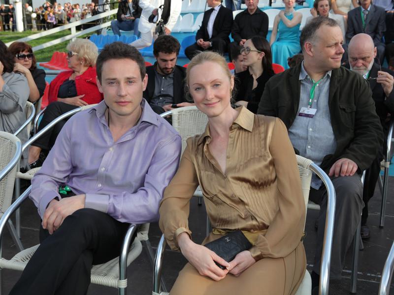 Жена Дмитрия Исаева - фото, биография, личная жизнь, дети