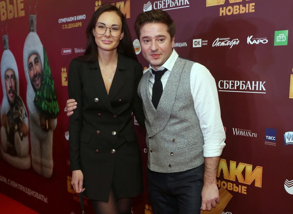 Иван Стебунов и его жена - фото, личная жизнь, биография, дети