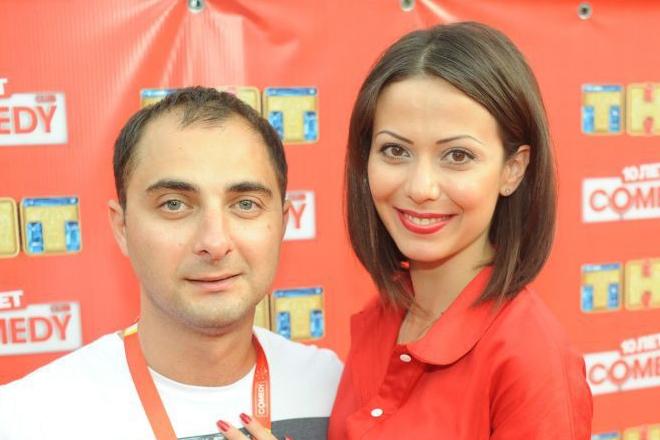 Жена Демиса Карибидиса из камеди - фото, биография, дети