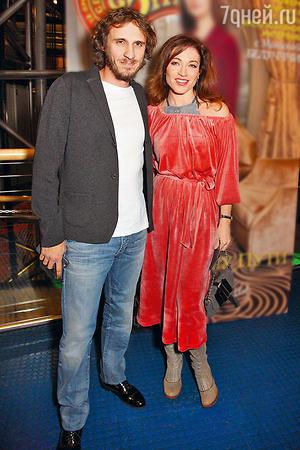 Алена Хмельницкая и ее новый муж - фото, биография, дети