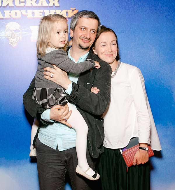 Жена Константина Богомолова - фото, личная жизнь, дети