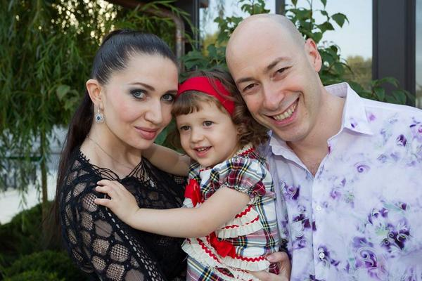 Жена Дмитрия Гордона - фото, биография, личная жизнь