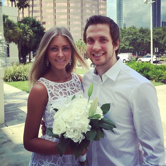 Жена Никиты Кучерова - фото, личная жизнь хоккеиста