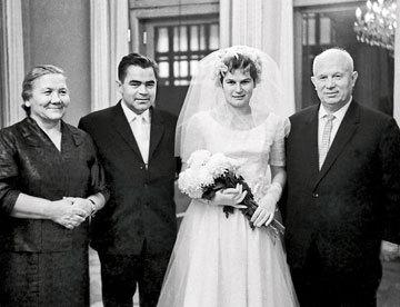 Муж Валентины Терешковой - фото, личная жизнь