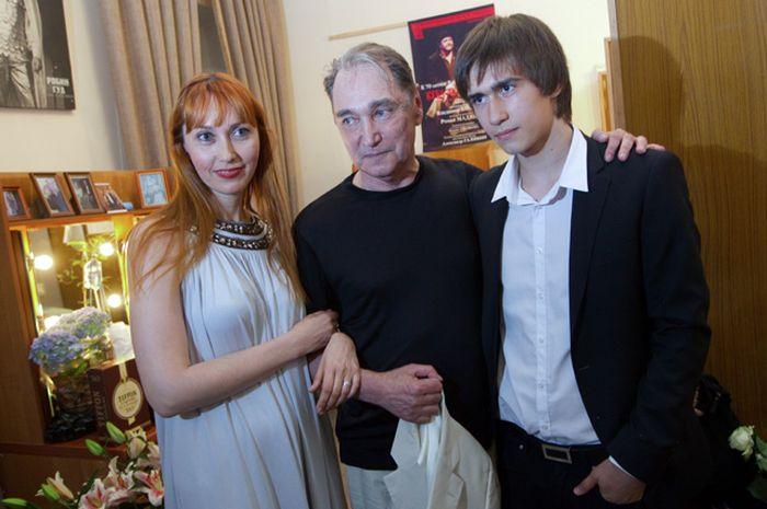 Жена Владимира Коренева