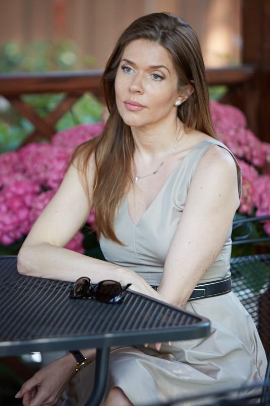 Жена Аркадия Новикова