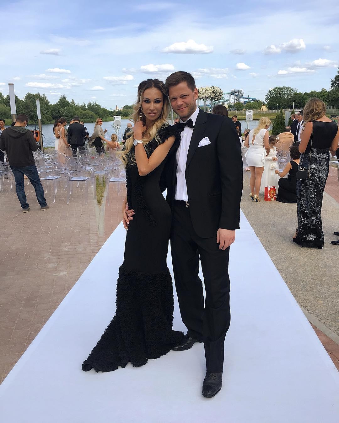 Жена Сергея Костицына