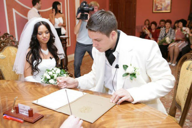 5 свадеб и судьба пар из проекта «Дом-2»