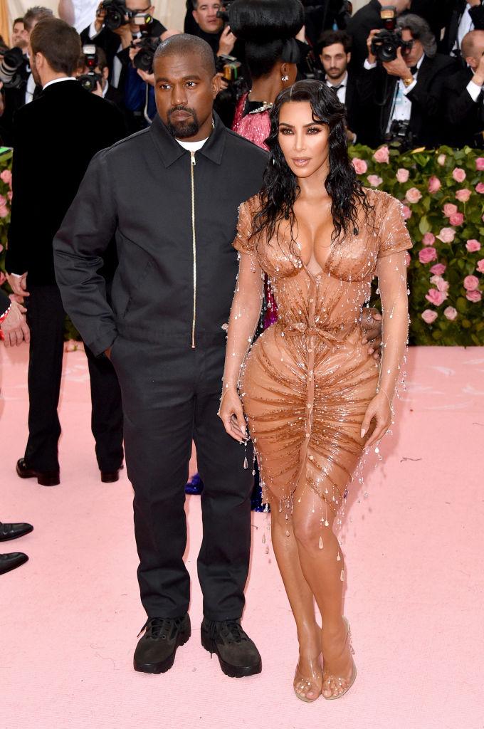 Звездные пары, предпочитавшие эпатажный стиль в одежде