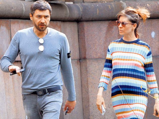Жены и мужья актерского состава сериала «Кухня»