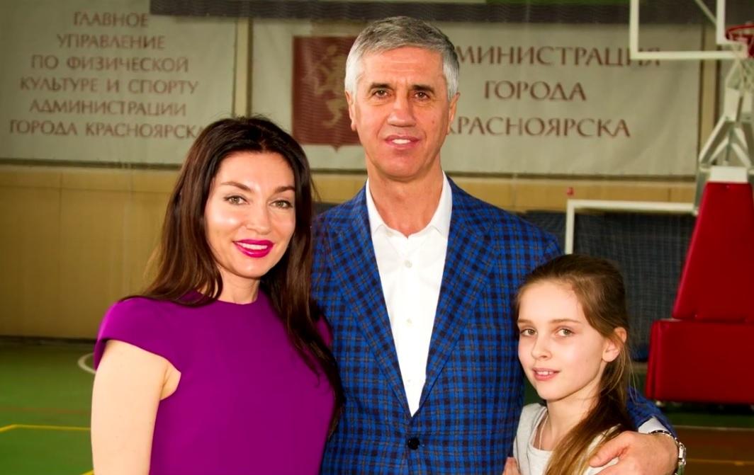 Жена Анатолия Быкова